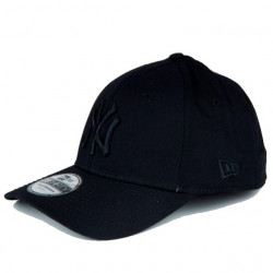 Kšiltovka NEW ERA MLB League Basic New York Yankees 39THIRTY  / black on black